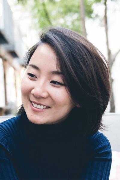 Marie Lu author photo